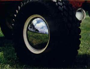 hubcaps.jpg (29303 bytes)