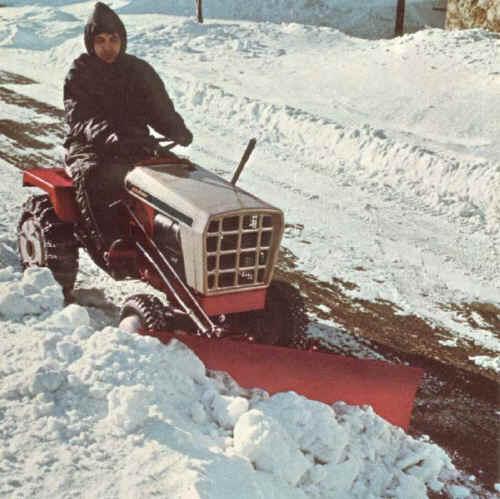 snow_plow.jpg (79536 bytes)